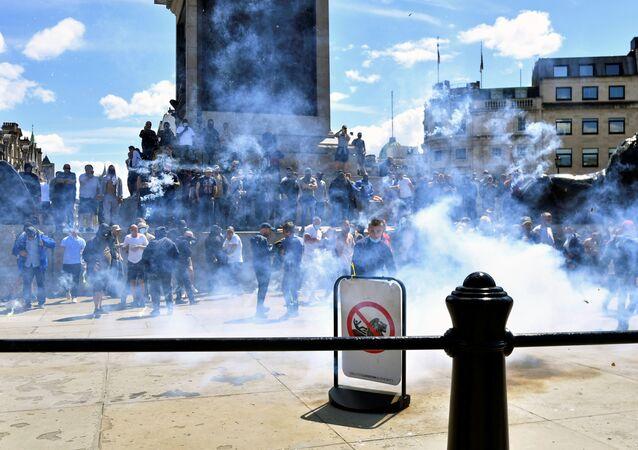Los autoproclamados protectores de monumentos en Londres