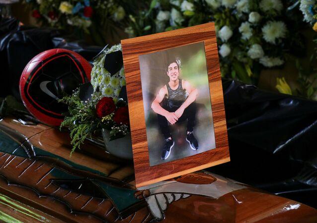 El funeral de Alexander Martínez