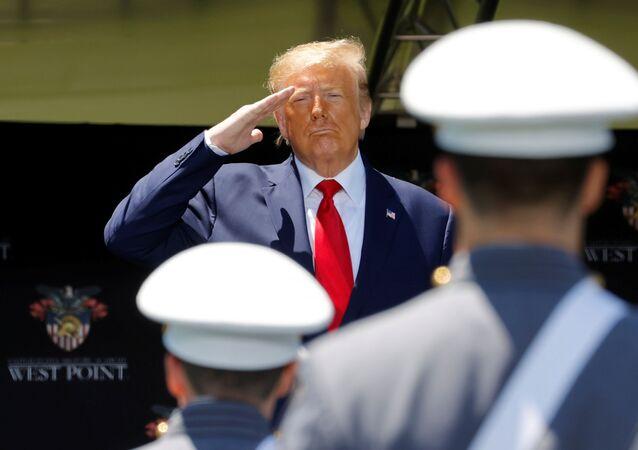Donald Trump, presidente de EEUU, durante la ceremonia de graduación de la Academia Militar de West Point, el 13 de junio de 2020