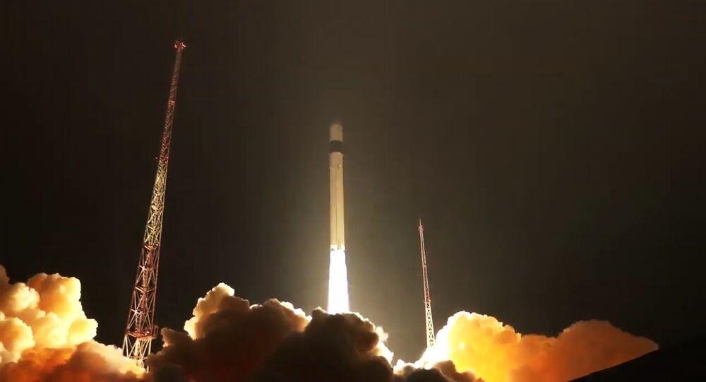 Lanzamiento de un cohete-portador Rokot (archivo)