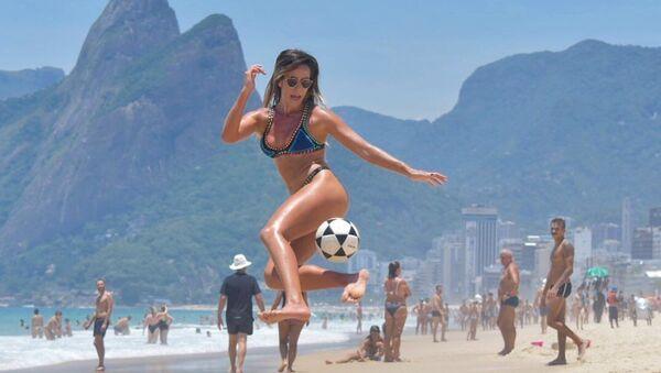 Natalia Guitler, jugadora de futvoley brasileña - Sputnik Mundo