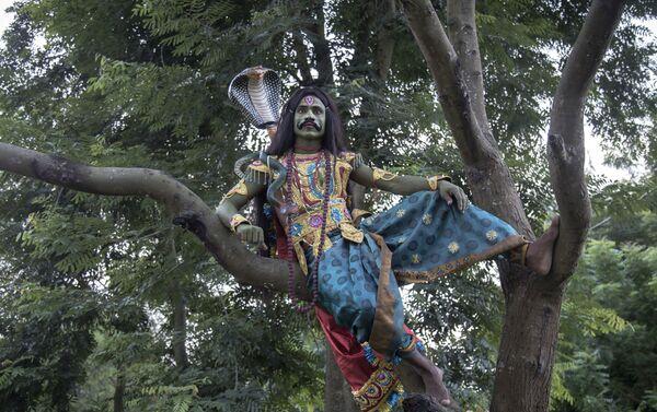'Bahurupi, personas con muchas caras' por Santanu Dey, La India - Sputnik Mundo