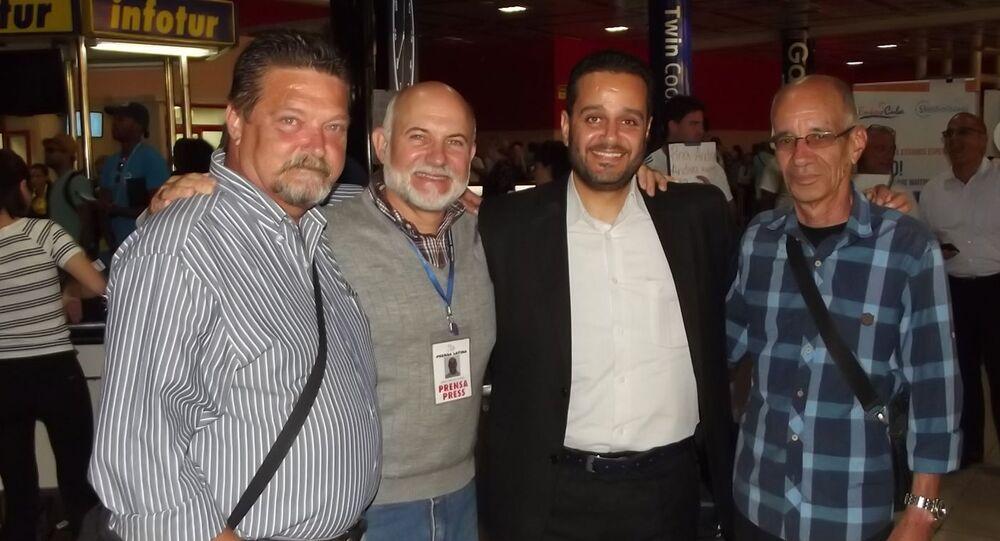 Fady Marouf, tercero de izquierda a derecha, junto a excorresponsales de Prensa Latina en Siria