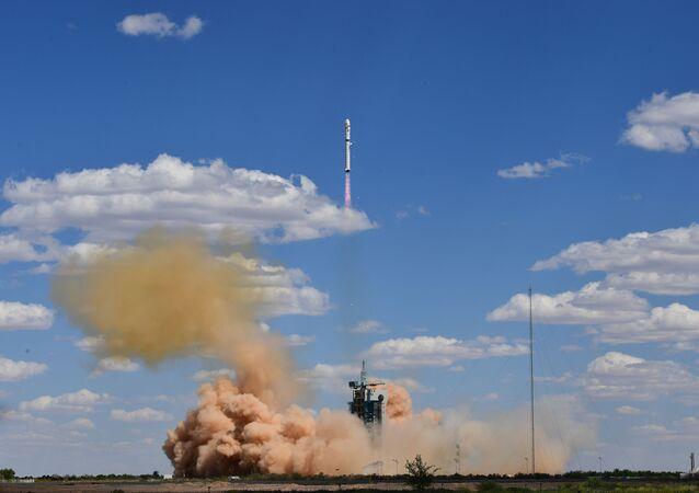 El cohete portador chino Larga Marcha-2D
