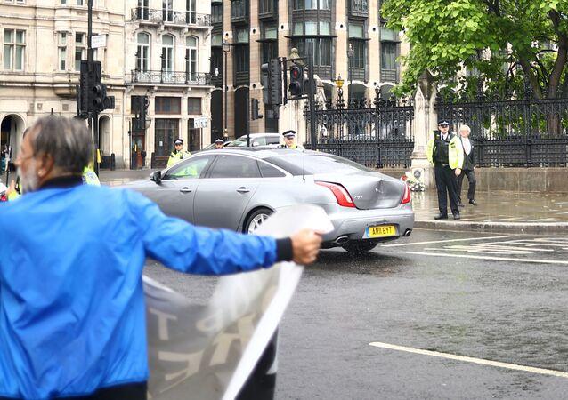 El coche de Boris Johnson tras la colisión