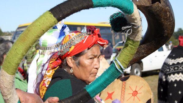 Mujer mapuche - Sputnik Mundo