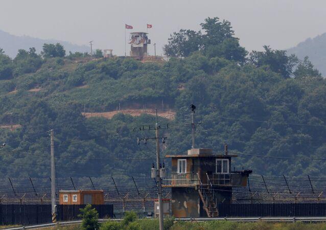 Punto de vigilancia norcoreano cerca de la zona desmilitarizada en la frontera con el Sur