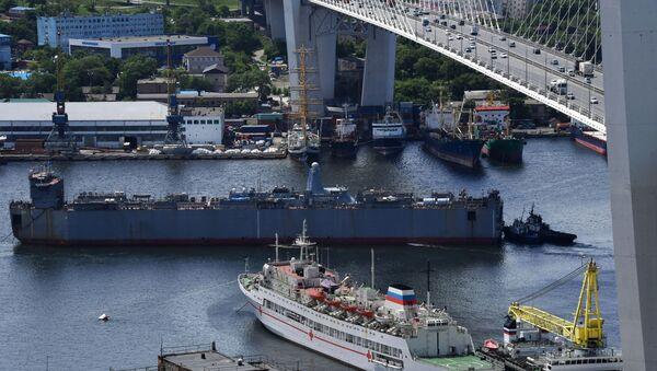 La novedosa corbeta rusa llega a Vladivostok para las pruebas finales - Sputnik Mundo