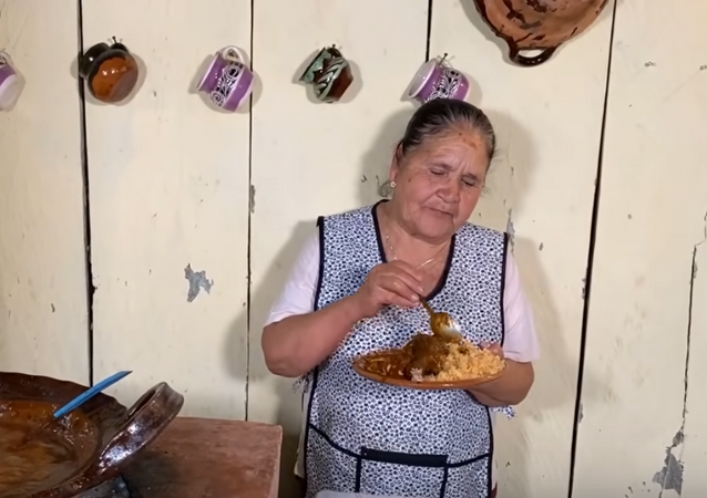 El primer vídeo de Doña Ángela, una de las mujeres más poderosas de México, según Forbes