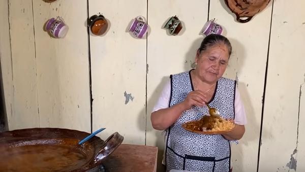 El primer vídeo de Doña Ángela, una de las mujeres más poderosas de México, según Forbes - Sputnik Mundo