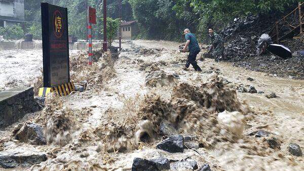 Las inundaciones en China - Sputnik Mundo