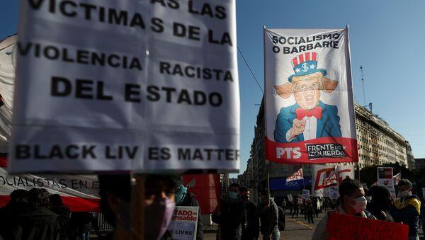 Protestas contra violencia policial en Argentina - Sputnik Mundo