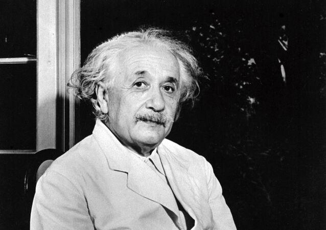 Albert Einstein, físico alemán nacionalizado estadounidense