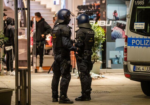Agentes de la Policía de Stuttgart, Alemania