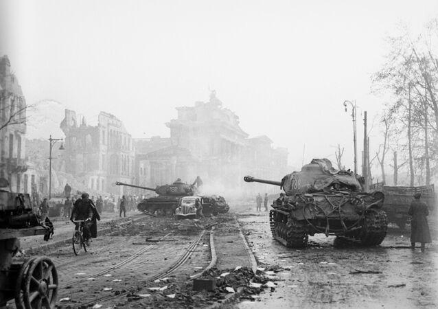 La batalla de Berlín durante la Segunda Guerra Mundial (archivo)