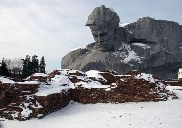 Monumento a los defensores de la fortaleza de Brest
