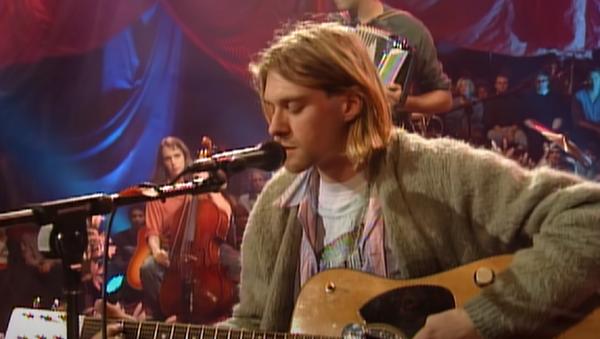 Kurt Cobain en MTV Unplugged in New York - Sputnik Mundo