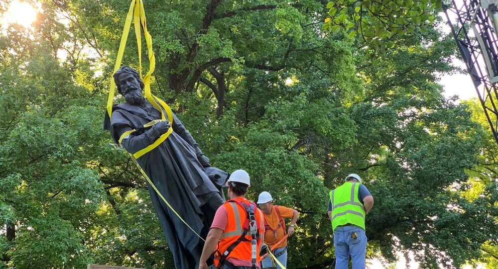 Estatua de Cristóbal Colón en Tower Grove Park, Missouri, EEUU