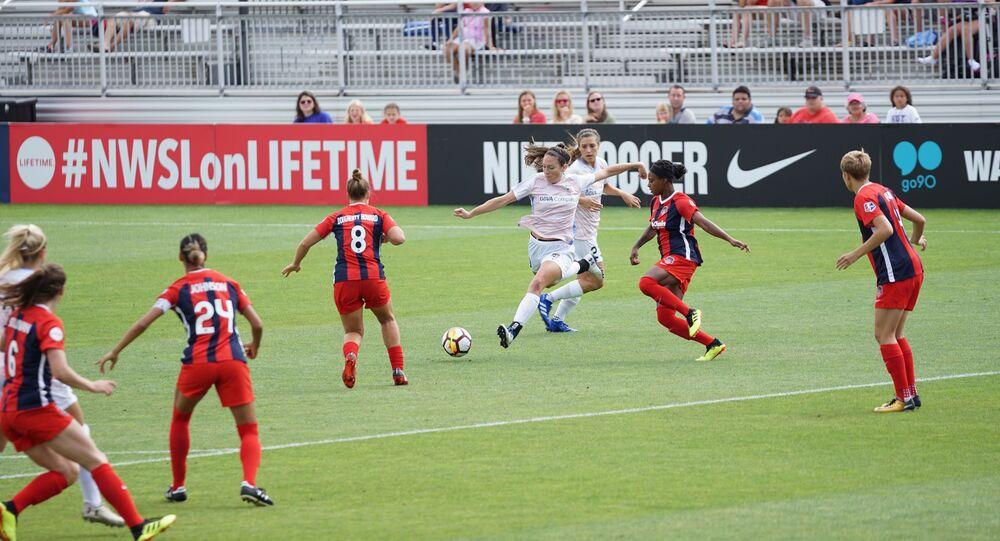 Un partido del fútbol femenino (imagen referencial)