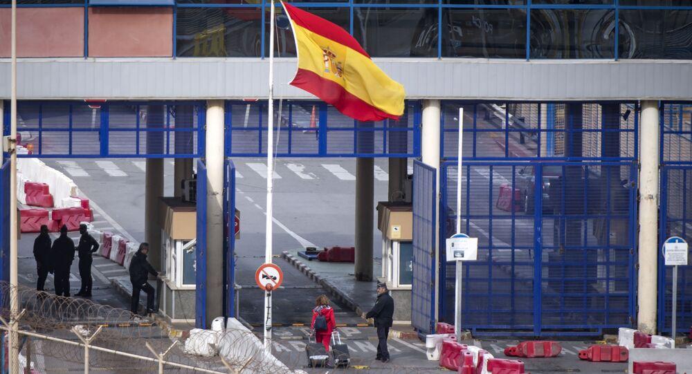 El paso fronterizo de Ceuta en la frontera entre Marruecos y España