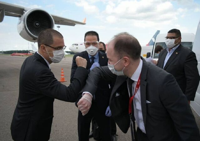 Jorge Arreaza, canciller de Venezuela tras arribar a Moscú, Rusia
