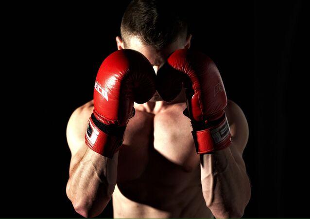 Un boxeador (archivo)