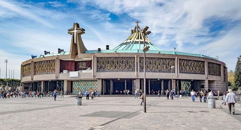 La Nueva Basílica de Santa María de Guadalupe, México