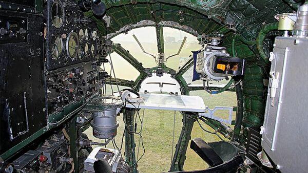 Estado actual del puesto de navegador del Tu-104 en Berdsk  - Sputnik Mundo