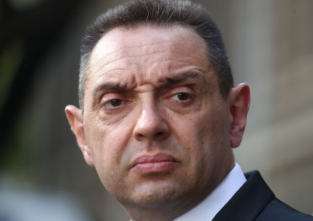 Aleksandar Vulin, ministro de Defensa de Serbia