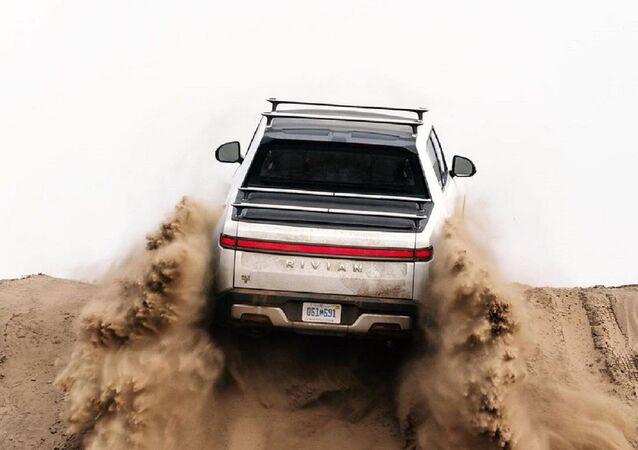 Una camioneta Rivian R1T