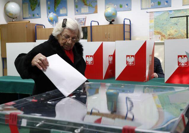 Elecciones en Polonia (archivo)