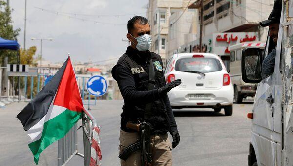 Un miembro de las Fuerzas de Seguridad palestinas - Sputnik Mundo