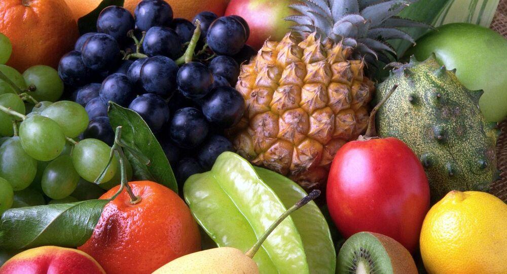 Unas frutas, referencial