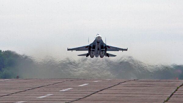 El avión de caza ruso Sukhoi Su-27 - Sputnik Mundo