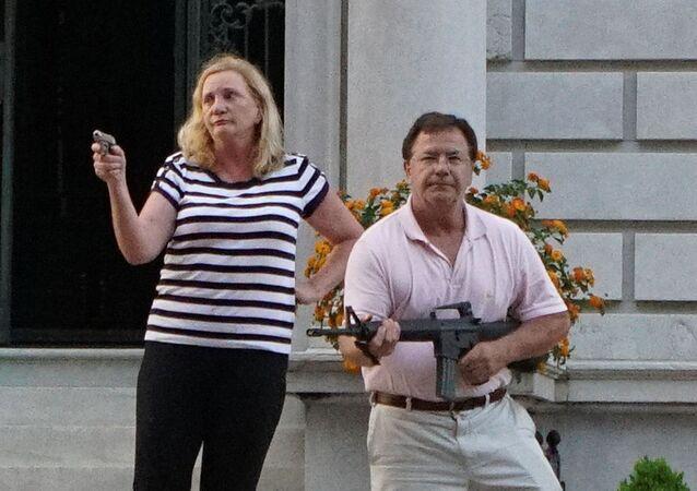 Mark y Patricia McCloskey