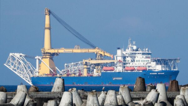El buque Akademik Cherski que debe completar la tubería en Alemania - Sputnik Mundo