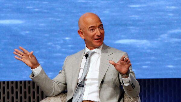 Jeff Bezos, jefe de la compañía estadounidense Amazon - Sputnik Mundo
