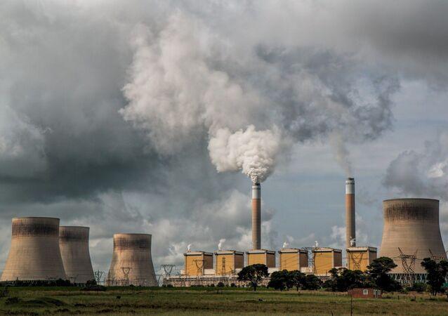 Imagen referencial de central eléctrica