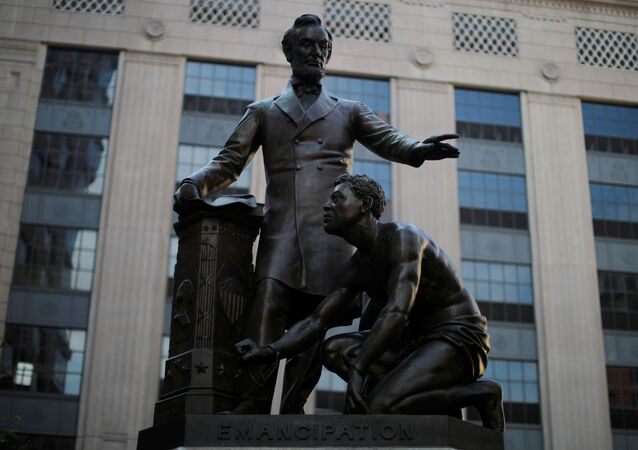 Una estatua de Abraham Lincoln en Boston