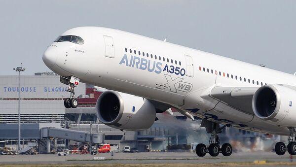 Un Airbus A350 (imagen referencial) - Sputnik Mundo