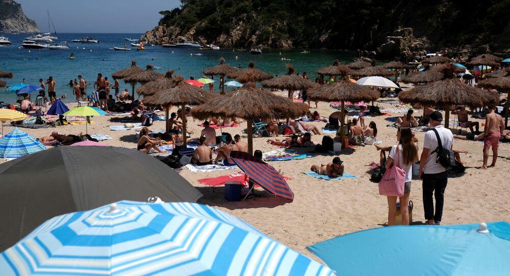 Una playa de Costa Brava, España