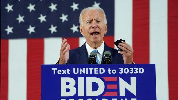 El candidato presidencial Joe Biden - Sputnik Mundo