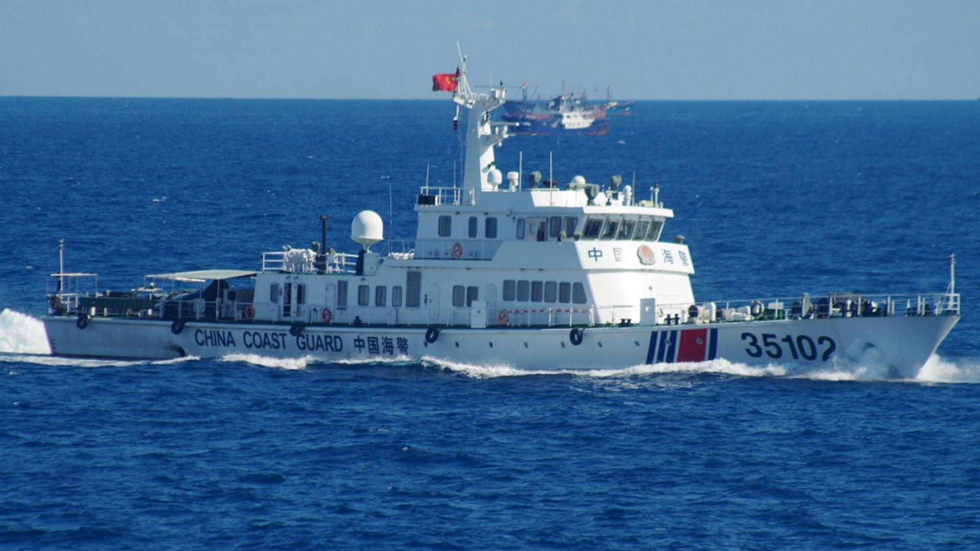 Buque de Guardia Costera de China cerca de las islas Senkaku (o Diaoyu, por su nombre en chino) (archivo) - Sputnik Mundo, 1920, 14.07.2021