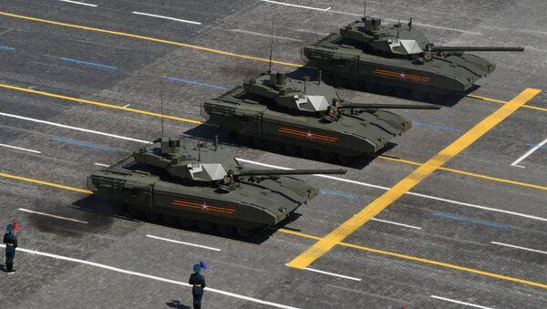 Tanques T-14 Armata durante el Desfile de la Victoria del 2020 en la Plaza Roja - Sputnik Mundo