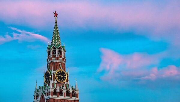 Спасская башня Кремля - Sputnik Mundo