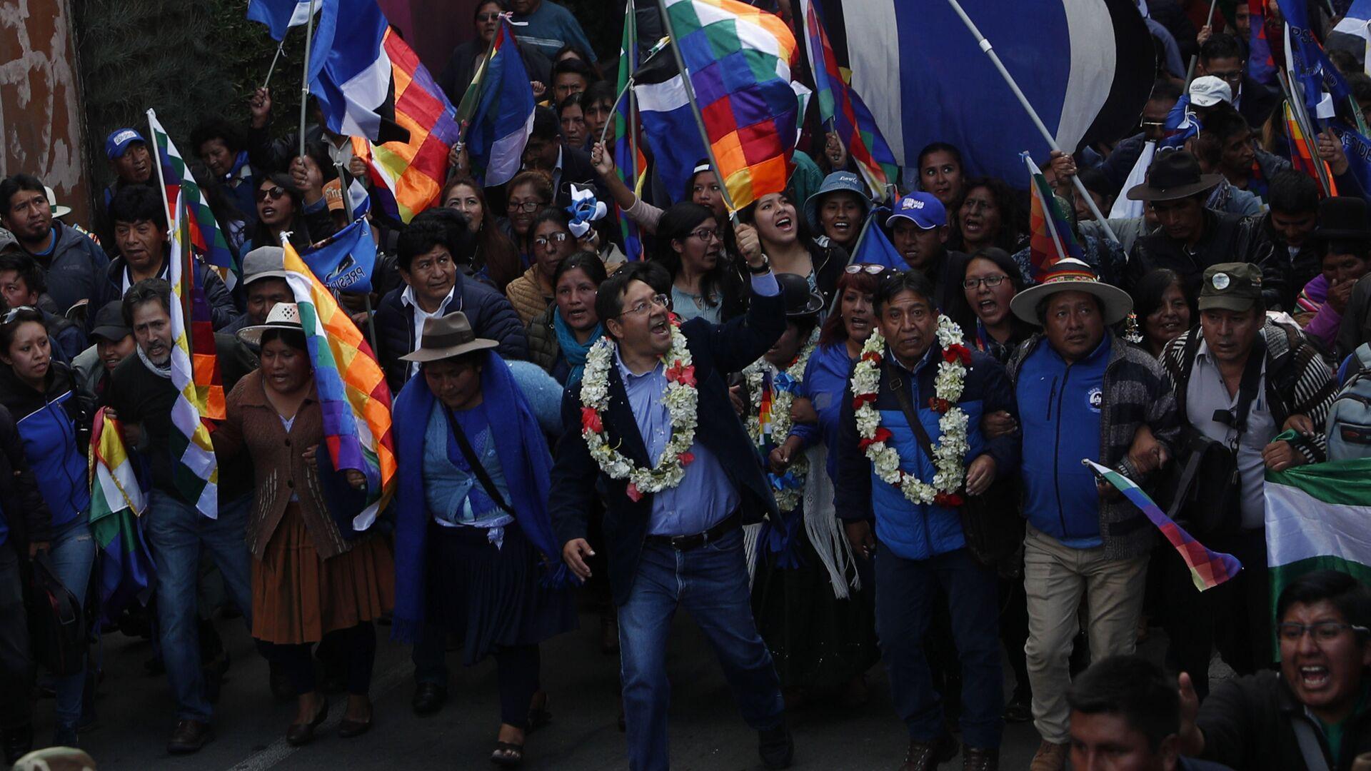 Luis Arce, candidato presidencial del Movimiento Al Socialismo de Bolivia - Sputnik Mundo, 1920, 30.03.2021