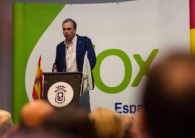 Javier Ortega Smith, secretario general de Vox, durante un mitin en Huelva