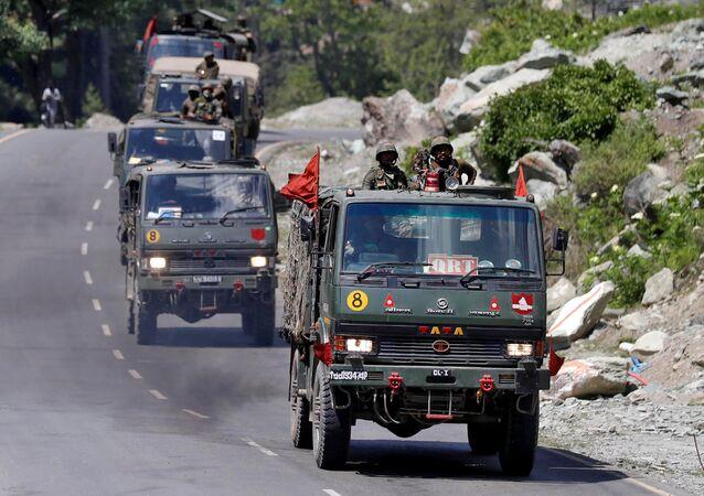 Un convoy militar indio (archivo)