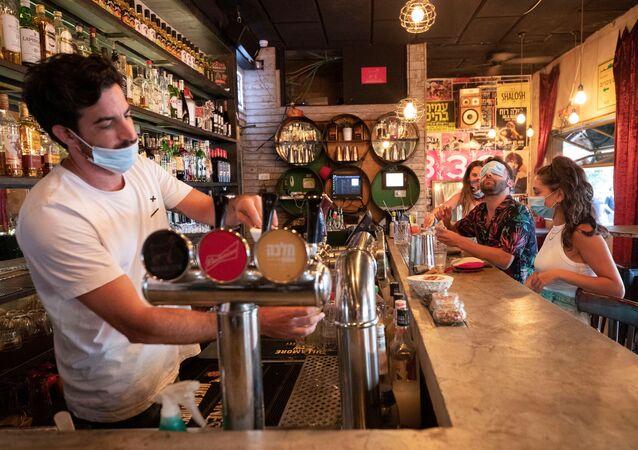 Un bar en Tel-Aviv, Israel