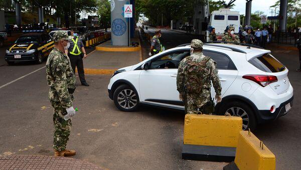 Militares paraguayos en la frontera entre Paraguay y Brasil - Sputnik Mundo